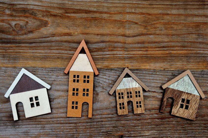 single-tenant v. multitenant investment properties