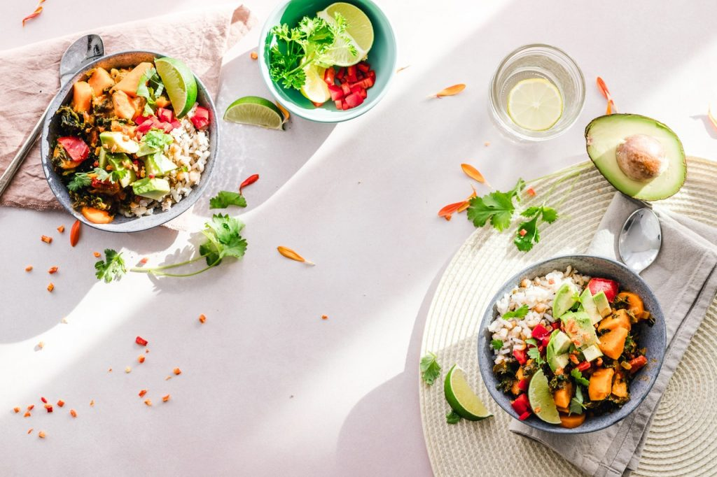 These vegetable salad bowls represent ESG investors in plant-based eating