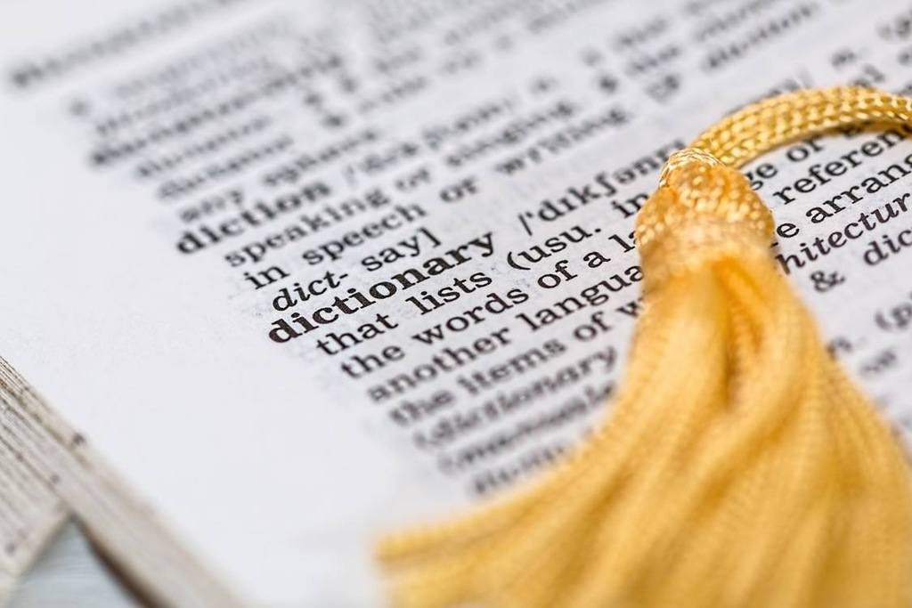 A dictionary for financial advisor terminology